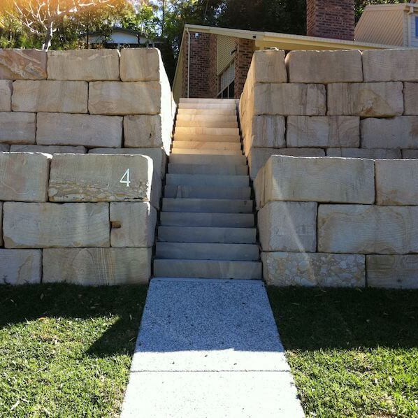 rock retaining walls gold coast